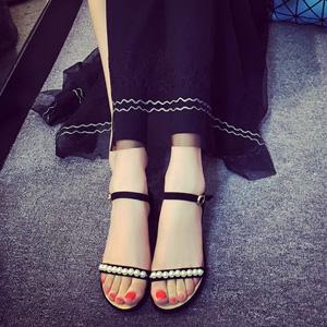 真皮珍珠凉鞋